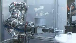 机器人对制药行业影响深远