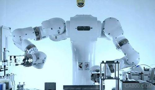 日本用机器人自动进行生命科学实验