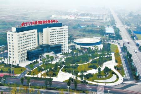 泸县力争2020年实现医药园区产值200亿