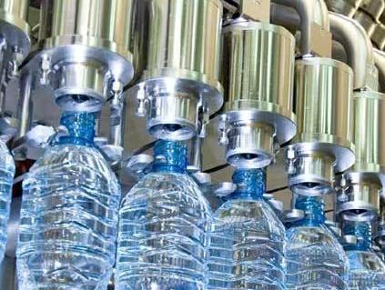 拓展吹瓶设备的智能化和数据化