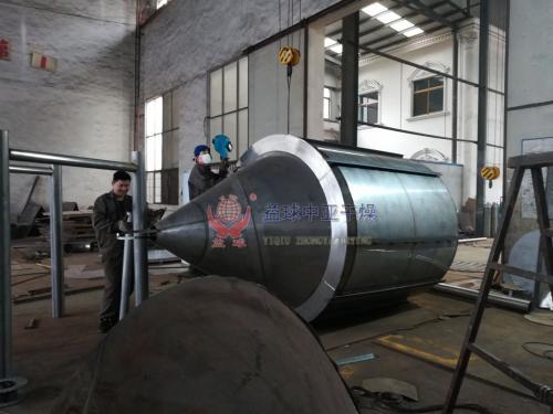客户订购LPG-25型高速离心喷雾干燥机正在生产制作中