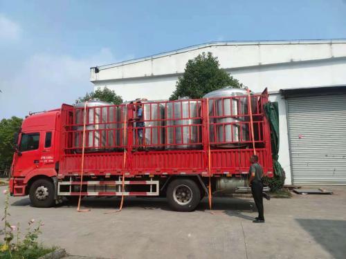 南京天水过滤器罐装车发往江苏客户