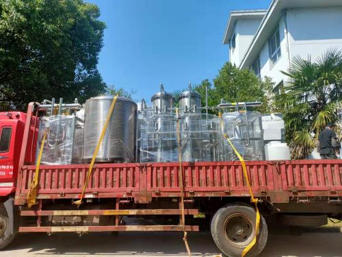 2T純化水設備正在裝貨,發往泰州客戶!!